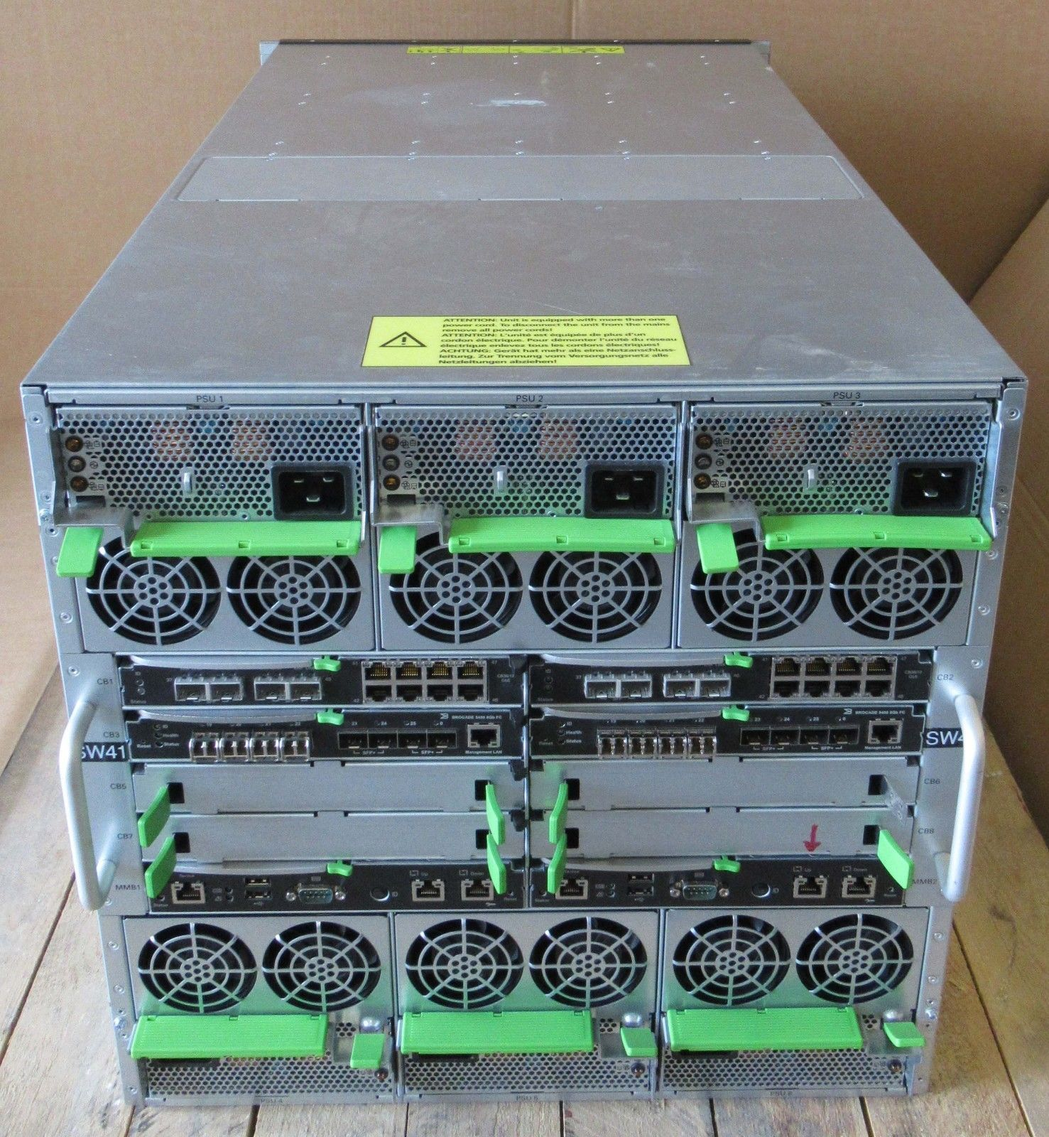 Fujitsu Primergy Bx900 S2 Blade Chassis 18 Slot 13x Blades S26361 Sfp Brocade 57 1000117 01 8gb Up To 10gb K1421